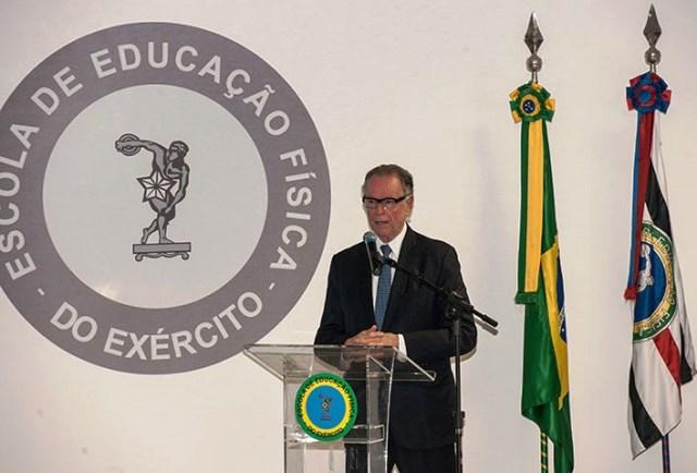 Presidente do Comitê Olímpico Brasileiro agradece apoio do CCFEx