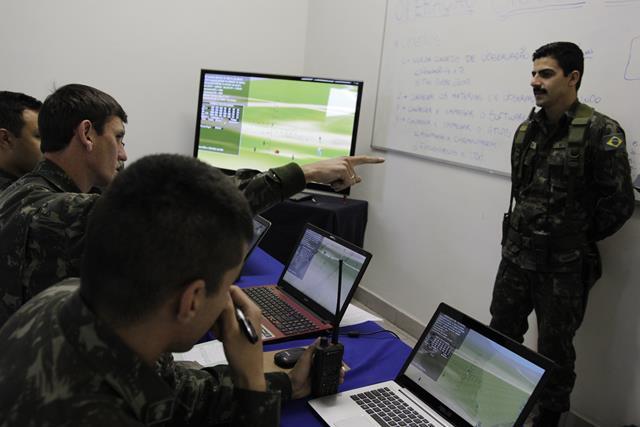 Operação Sisson apresenta novas tecnologias à Artilharia da 5ª Divisão de Exército