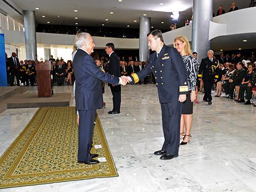 Oficiais-Generais promovidos são recebidos pelo Presidente da República em exercício