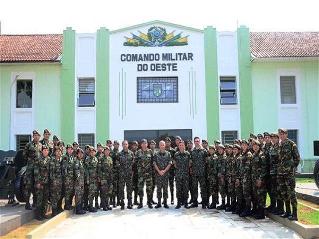 Cadetes da Bolívia visitam Organizações Militares de Mato Grosso do Sul