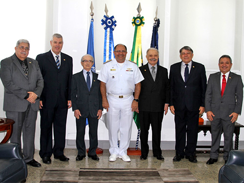 DPC presta homenagem aos Comodoros da Marinha Mercante