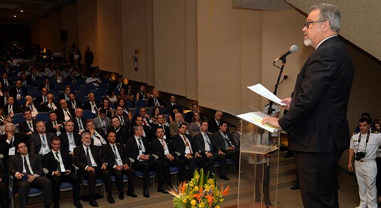 Em abertura da BID-Brasil, ministro assegura apoio a Indústria de Defesa