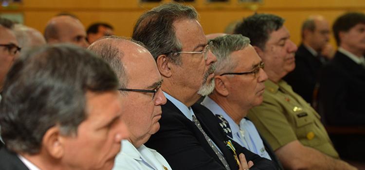 Jungmann anuncia nova estrutura regimental da Defesa