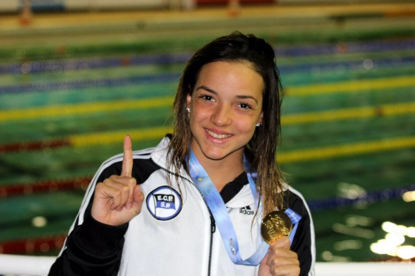Militares da FAB conquistam medalhas e batem recorde em competição de natação