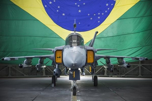 Novo caça Gripen NG é destaque da FAB na 4ª Mostra BID Brasil