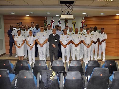 COMCONTRAM inicia o Curso Expedito de Controle Naval do Tráfego Marítimo para Oficiais
