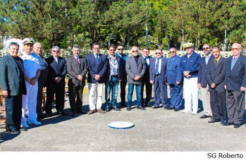 Personalidades civis e militares que participaram do evento