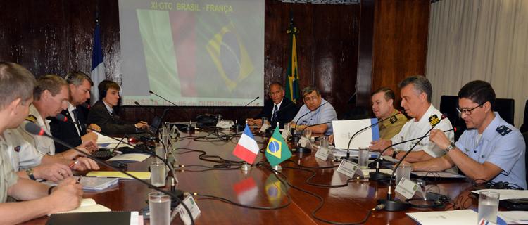 Delegações do Brasil e da França tratam de cooperação e projetos estratégicos