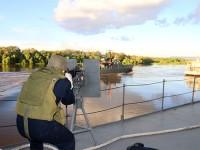 Militar da Marinha em posto de combate no Rio Paraguai