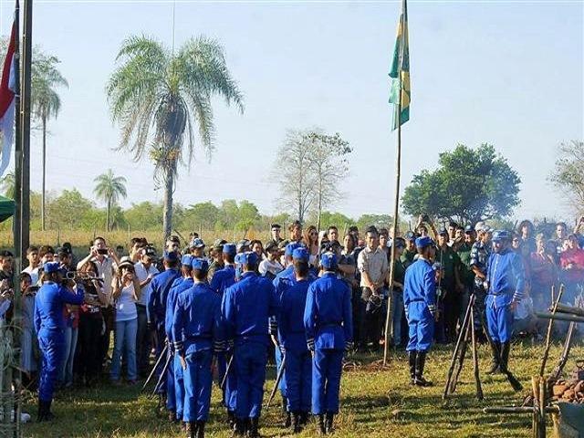 Episódio da Retirada da Laguna é revivido no interior de Mato Grosso do Sul
