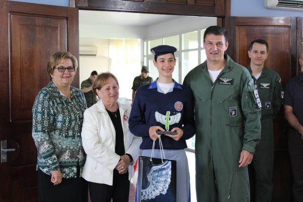 Base Aérea de Santa Maria realiza premiação de concurso de desenho