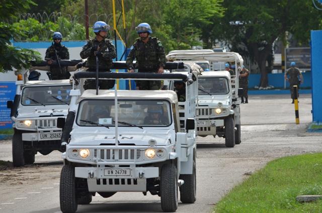 Tropas Brasileiras deslocam-se para a região sudoeste do Haiti