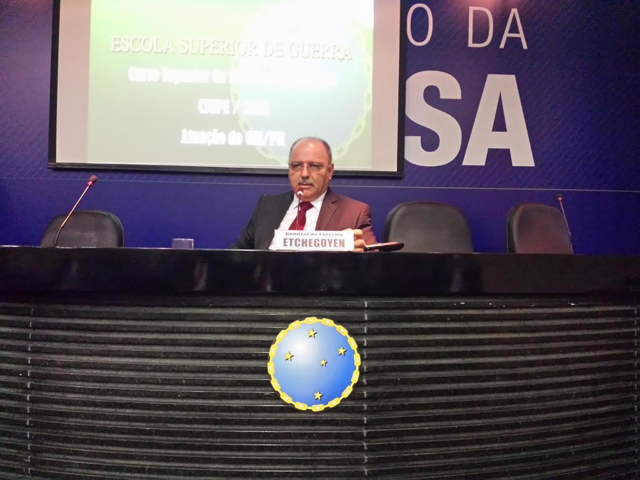 General Sergio Etchegoyen ministra palestra do Curso Superior de Política e Estratégia na ESG Brasília
