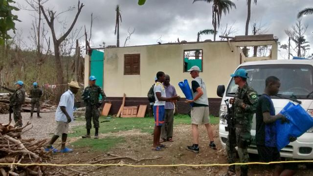 Brasil já empregou quase 5 mil pessoas no apoio aos haitianos após furacão