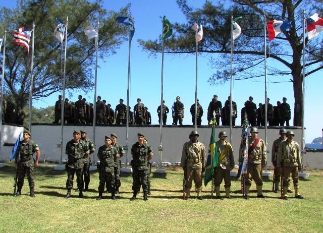 Homenagem aos náufragos dos Navios Baependy e Itagiba e ao 1º Tiro de Artilharia da FEB
