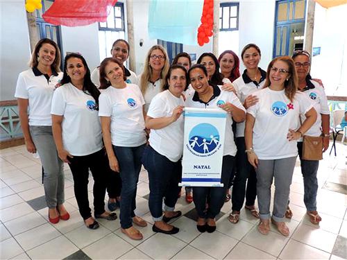 Voluntárias Cisne Branco ao final da ação social no Hospital Infantil Varela Santiago