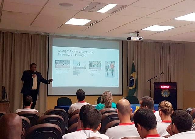 Jornada do Esporte Paralímpico e das Forças Armadas do Brasil ocorre na EsEFEx