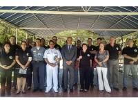 Estagiários da ADESG-MG posam para foto oficial no encerramento da visita
