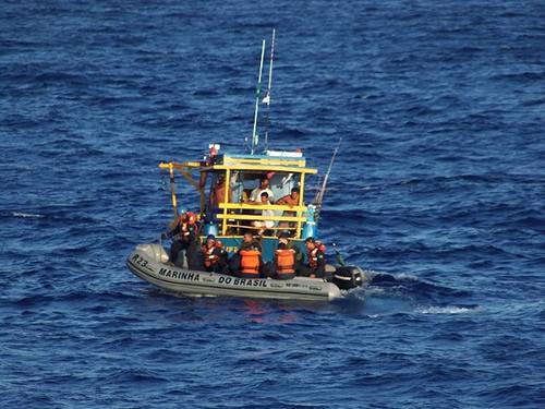 """RbAM """"Triunfo"""" contribui para a segurança da navegação na Amazônia Azul"""