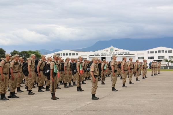 Base Aérea de Florianópolis apoia curso para 434 alunos da Polícia Militar