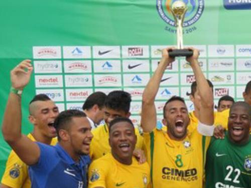 Brasil é campeão do Mundialito de Beach Soccer com participação da MB