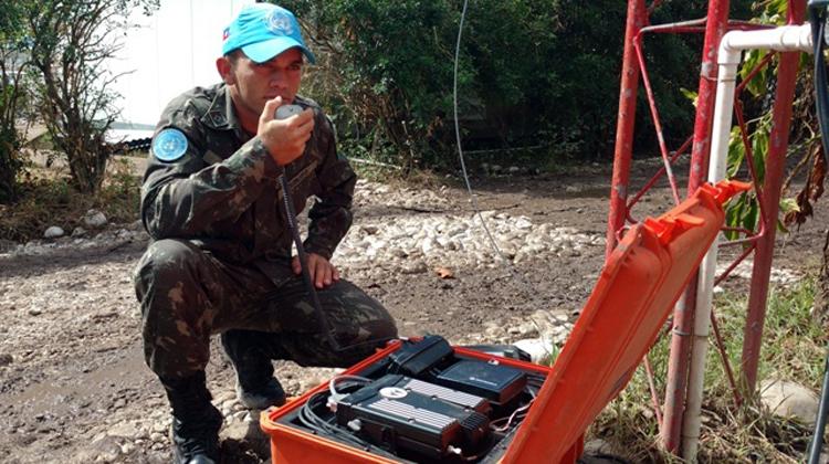 Contingente Brasileiro utiliza modernos sistemas de comunicações para operações no sul do Haiti