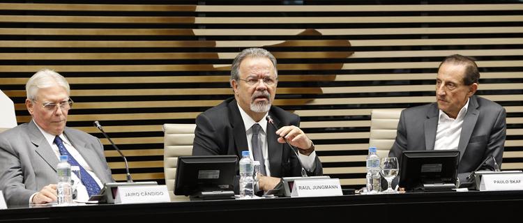 Ministro da Defesa participa de debate na FIESP sobre o fortalecimento da indústria de defesa