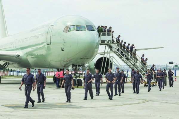 Operacionalidade do Esquadrão Corsário a bordo do C-767