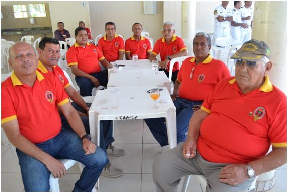 Integrantes da Associação dos Veteranos do Corpo de Fuzileiros Navais de Ladário