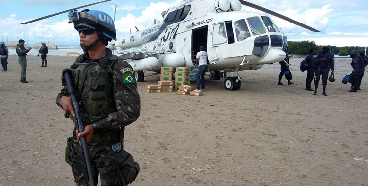 Forças Armadas do Brasil dão apoio logístico e de segurança à realização das eleições no Haiti