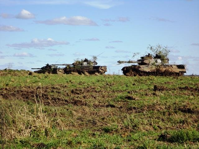 Operação Punhos de Aço integra diversos sistemas e funções de combate