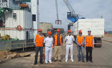 Capitão dos Portos visita instalações da empresa Celulose Riograndense