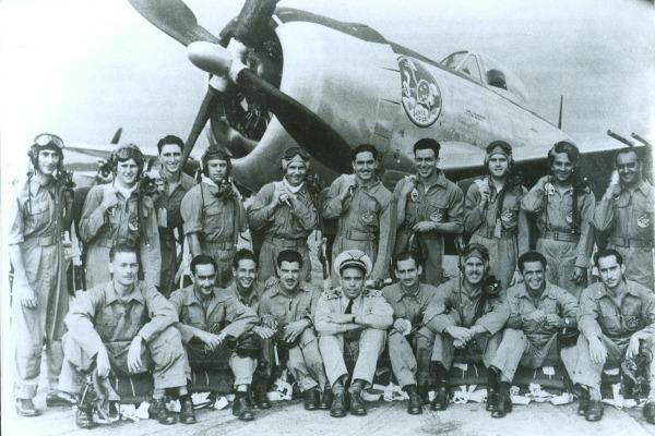 FAB celebra os 72 anos do primeiro voo do Jambock