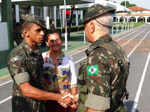 Organizações militares comemoram o Dia do Oficial da Reserva pelo País