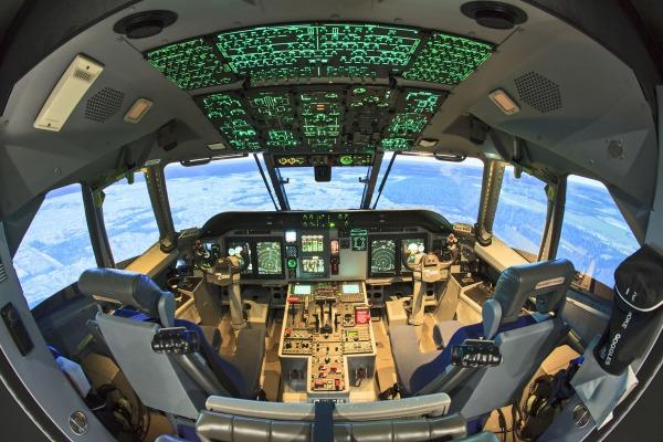 Simulador de voo do C-105 Amazonas da Força Aérea Brasileira é homologado pela ANAC