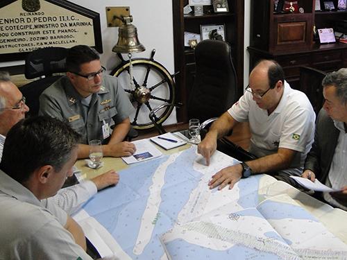 Reunião na Capitania dos Portos do Paraná