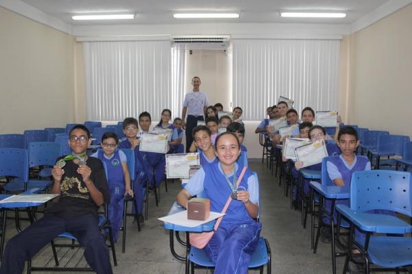 Alunos de escola conveniada à FAB no Amazonas são destaque em Olimpíada de Matemática