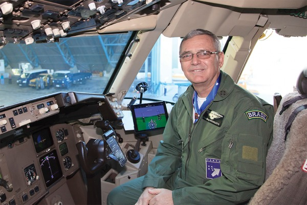 Em artigo, Comandante da Aeronáutica explica as razões das mudanças na FAB