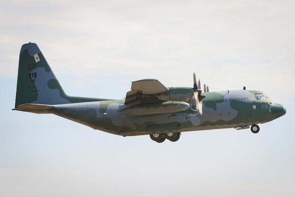Controle de tráfego aéreo da FAB apoiou missão em Chapecó