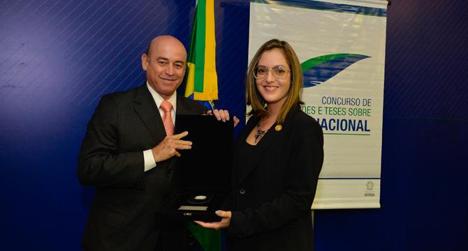 Cerimônia premia vencedores do VII Concurso de Dissertações e Teses sobre Defesa Nacional