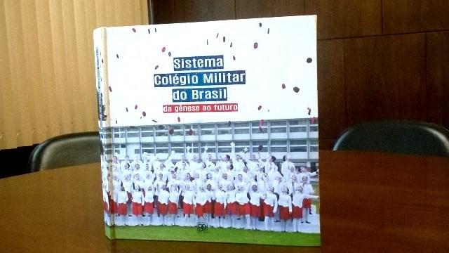DEPA lança livro fotográfico do Sistema Colégio Militar do Brasil