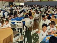 Ao final das atividades foi servido um almoço natalino e distribuídos presentes, que foram doados pela Receita Federal