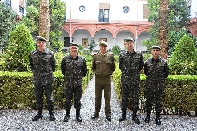Comando de Operações Terrestres realiza visita ao Exército Espanhol