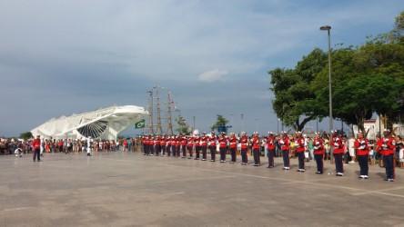 Banda Marcial do Corpo de Fuzileiros Navais apresentou músicas de natal e as tradicionais da Marinha