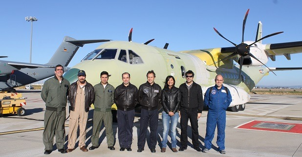 Na Espanha, FAB realiza ensaios no solo e em voo da aeronave C-105 SAR
