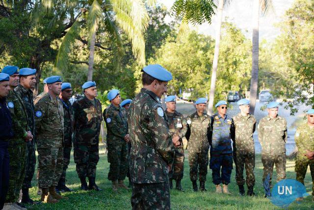 Homenagem aos militares falecidos no terremoto do Haiti, em 2010
