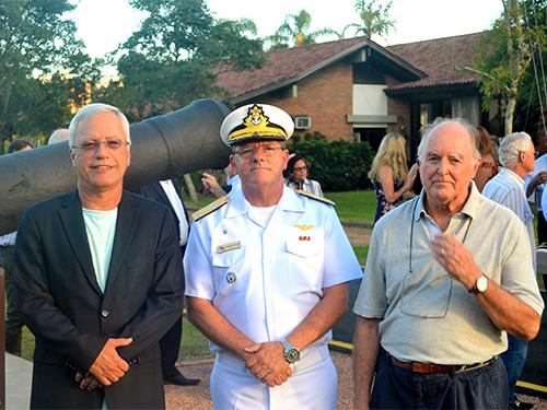 Clube dos Jangadeiros inaugura espaço em homenagem à Marinha do Brasil