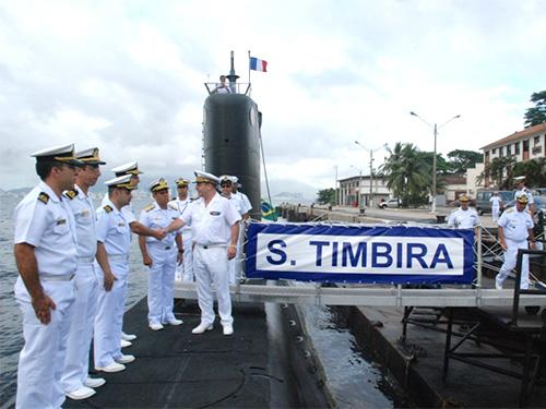 Chefe do Estado-Maior da Marinha da França visita a Força de Submarinos