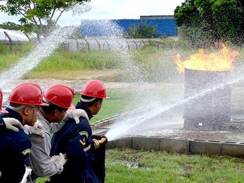 Com9ºDN realiza curso em parceria com o Corpo de Bombeiros do Amazonas
