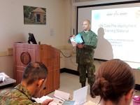 Instrutor durante curso